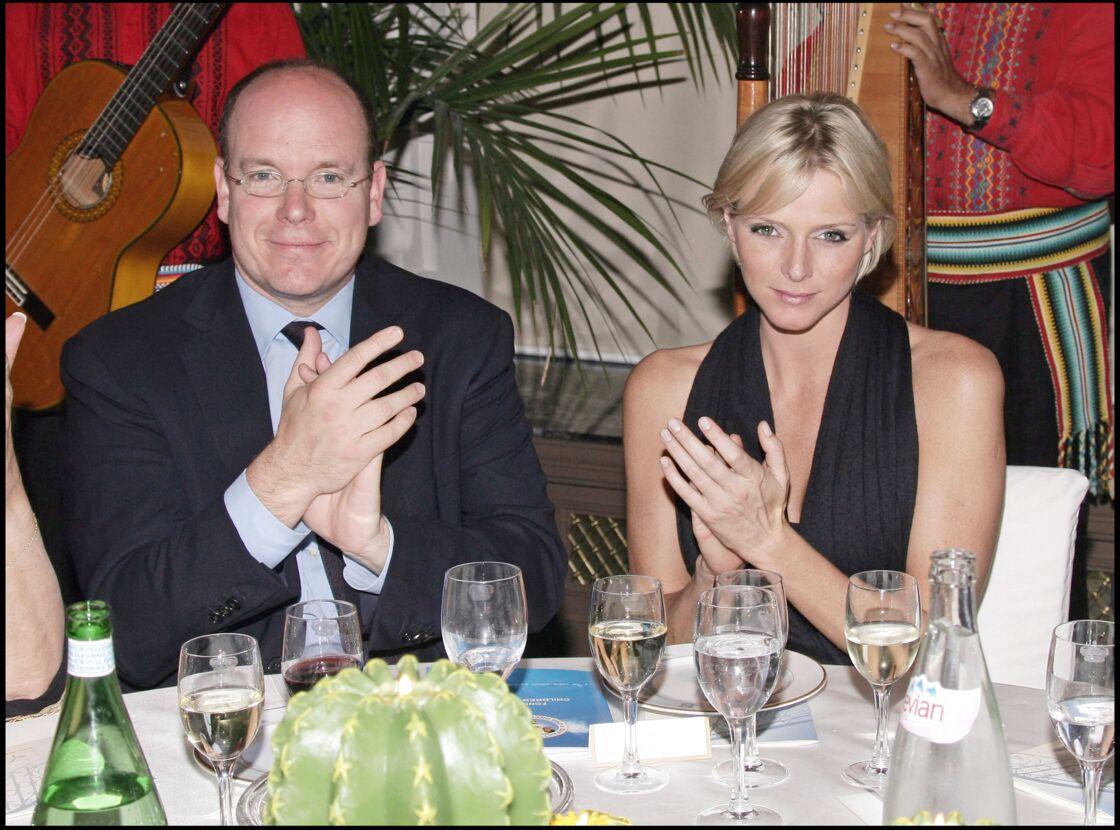 Charlene Wittstock et Albert de Monaco officialiseront leur histoire en 2006