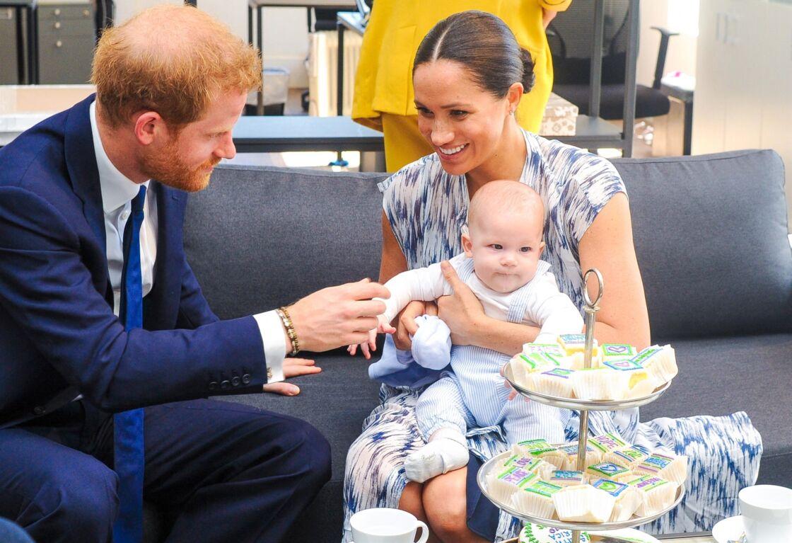 Meghan Markle et le prince Harry avec le petit Archie
