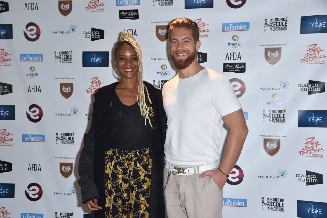 Yann-Alrick Mortreuil et sa compagne Nevedya, lors du photocall de la 2ème édition du festival