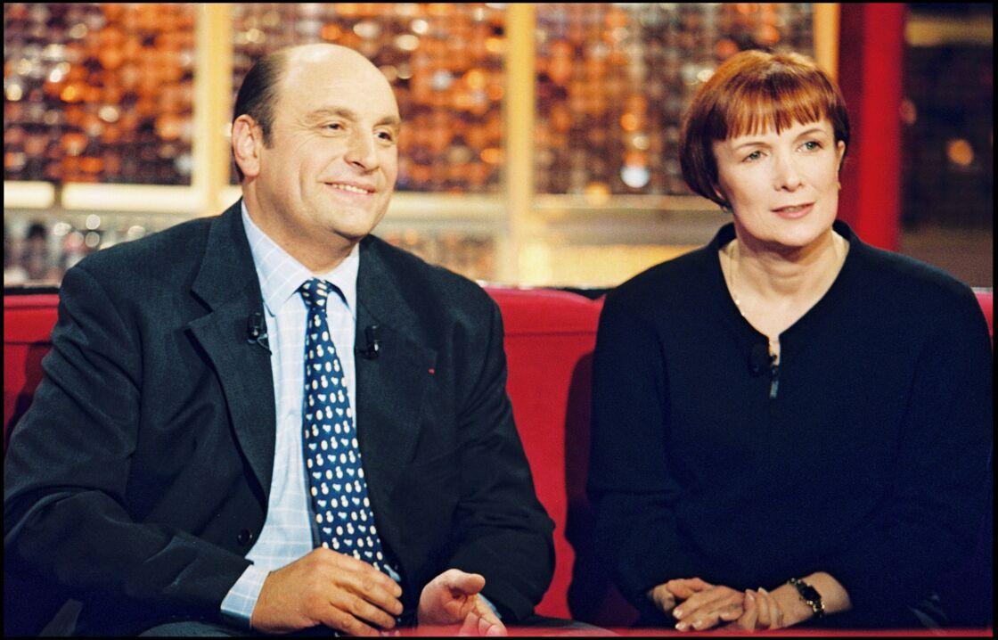 Bernard et Dominique Loiseau en novembre 2000 sur le plateau de Vivement dimanche.