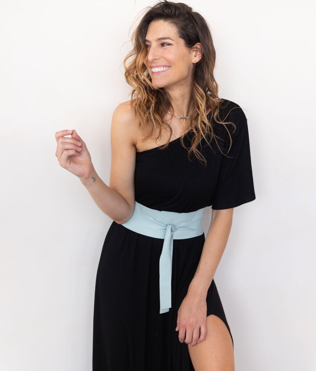 Robe noire one-shoulder, Parisienne et Alors, 125€