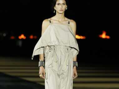 Défilé Dior Croisière 2022 : les looks qui ont défilé à Athènes