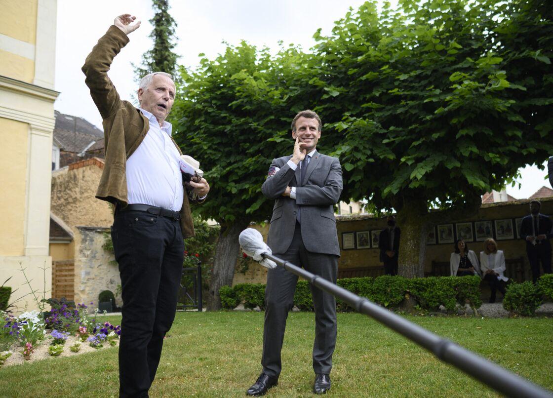 Fabrice Luchini accompagnait ce jeudi 17 juin Emmanuel Macron à Château-Thierry pour fêter le 400ème anniversaire de Jean de La Fontaine.