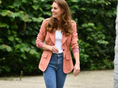 PHOTOS - Kate Middleton modernise son style et ça se voit !