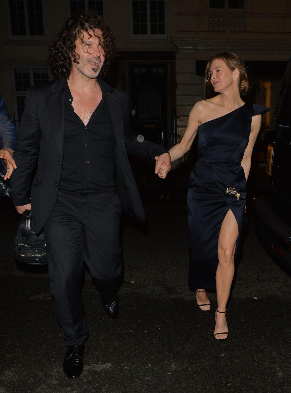 Renée Zellweger a été en couple avec le guitariste de rock Doyle Bramhall II de 2012 à 2019.