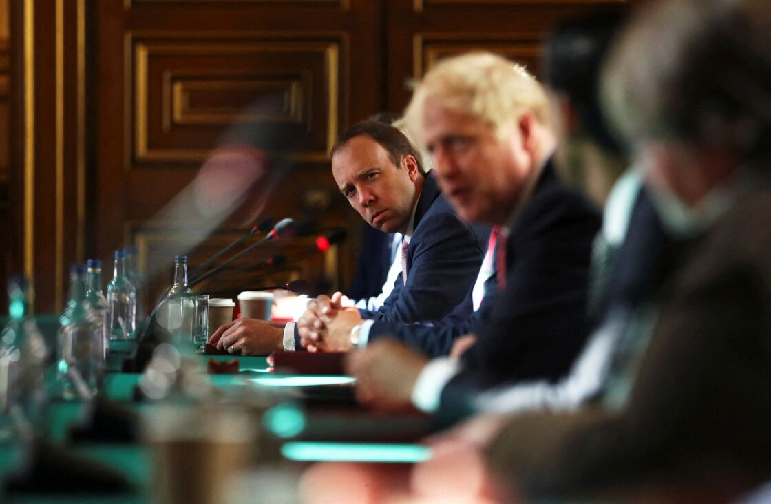 Boris Johnson et Matt Hancock lors d'une réunion de cabinet