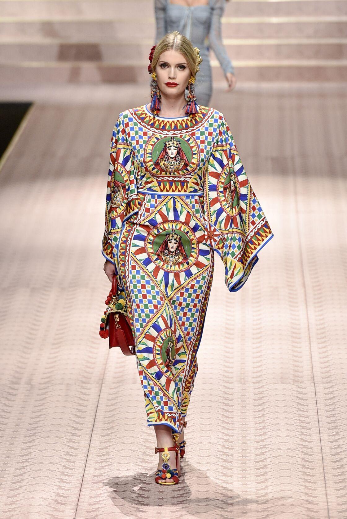 Kitty Spencer lors du défilé Dolce & Gabbana pour la collection Prêt-à-Porter Printemps/Eté 2019 lors de la Fashion Week de Milan, Italie, le 23 septembre 2018.