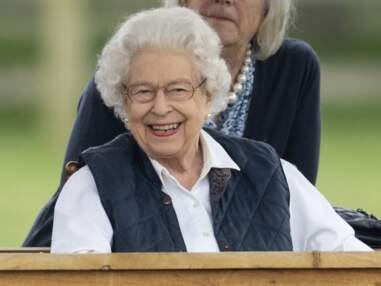 PHOTOS - Elizabeth II heureuse : ses sourires illuminent le royaume