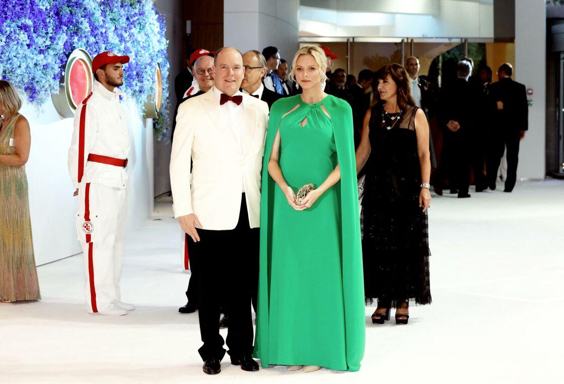 Charlene et Albert de Monaco au Bal de la Croix Rouge en 2019
