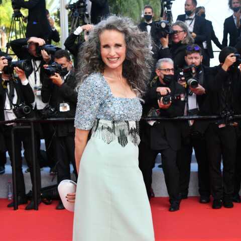 PHOTOS – Cannes 2021: Andie MacDowell décomplexe les femmes avec ses cheveux gris