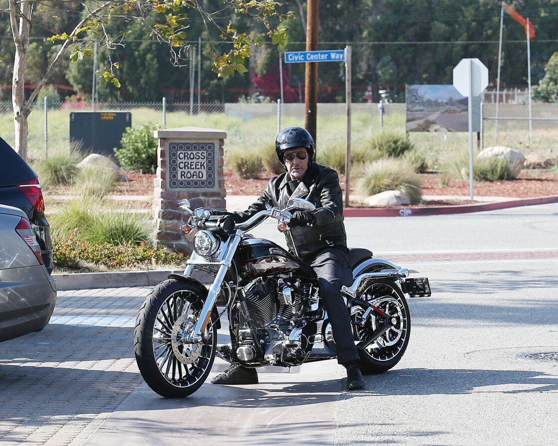 Johnny Hallyday en Harley-Davidson à Malibu le 25 mai 2014