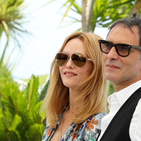 PHOTOS – Cannes 2021: Vanessa Paradis et Samuel Benchetrit, les amoureux de la Croisette