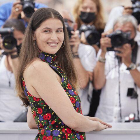 PHOTOS – Cannes 2021: Laetitia Casta solaire en robe fleurie courte