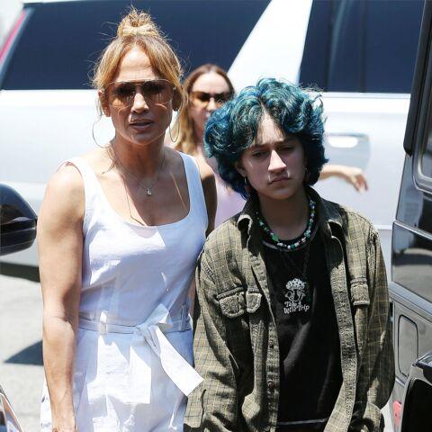 PHOTOS – Jennifer Lopez: sa fille Emme surprend avec un look très grunge