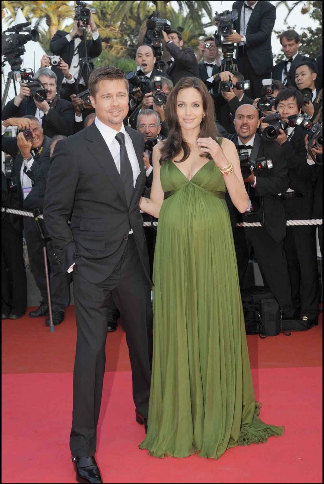 Angelina Jolie et Brad Pitt à Cannes en 2008 en attendant leurs jumeaux