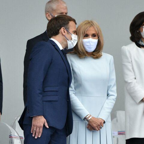 PHOTOS – Brigitte Macron en robe longue et masquée: son look inédit pour le 14 juillet