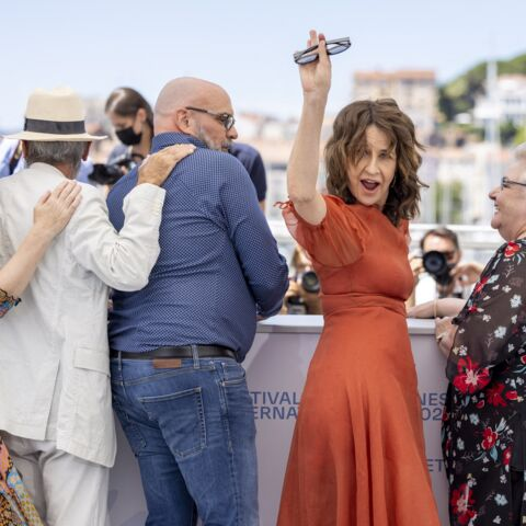 PHOTOS – Cannes 2021: Valérie Lemercier déchaînée lors de son photocall!