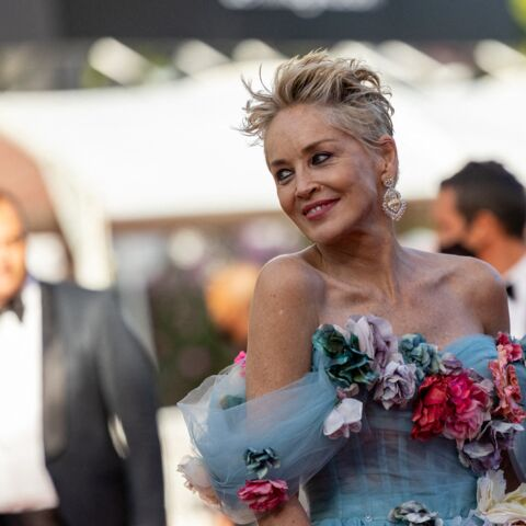 PHOTOS – Cannes 2021: Sharon Stone fait tourner les têtes dans une robe de princesse!