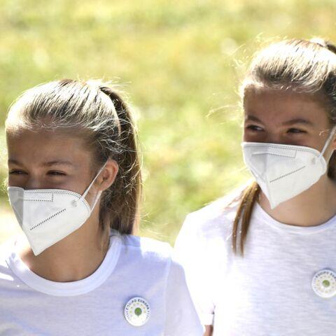 PHOTOS – Leonor d'Espagne et sa soeur Sofia en jeans et chaussures de randonnée: des ados (presque) comme les autres