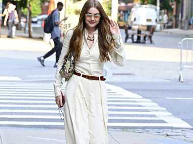 Look de star : Gigi Hadid chic et bohème en total look monochrome