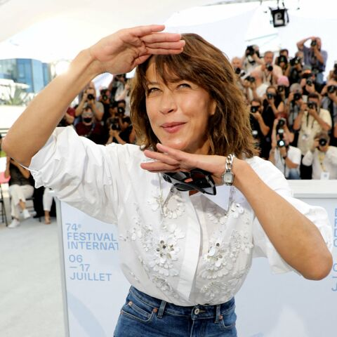PHOTOS – Cannes 2021: Sophie Marceau, Mylène Farmer, Charlotte Gainsbourg… Leurs plus grands moments de spontanéité