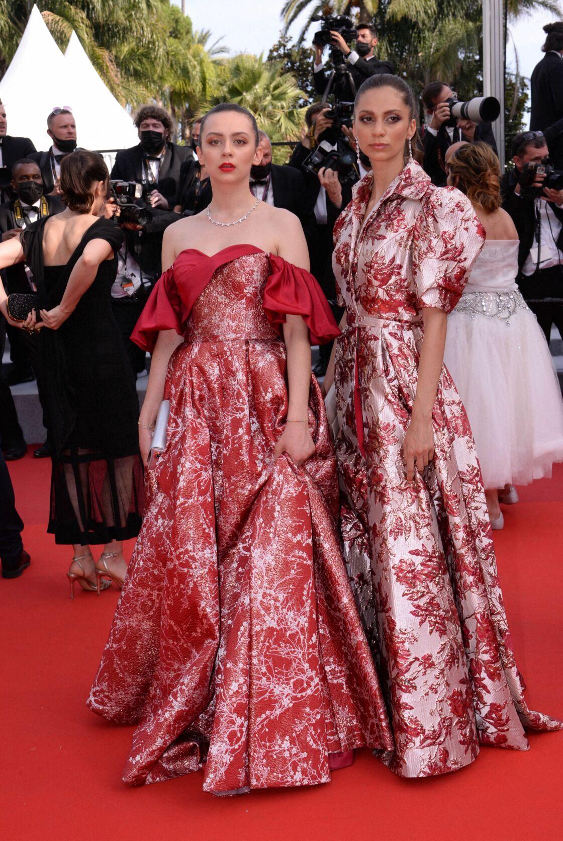 Adèle et Agathe de Fontenay renversantes dans une robe de Christophe Guillarmé pour monter les marches du festival de Cannes, le mercredi 7 juillet 2021.
