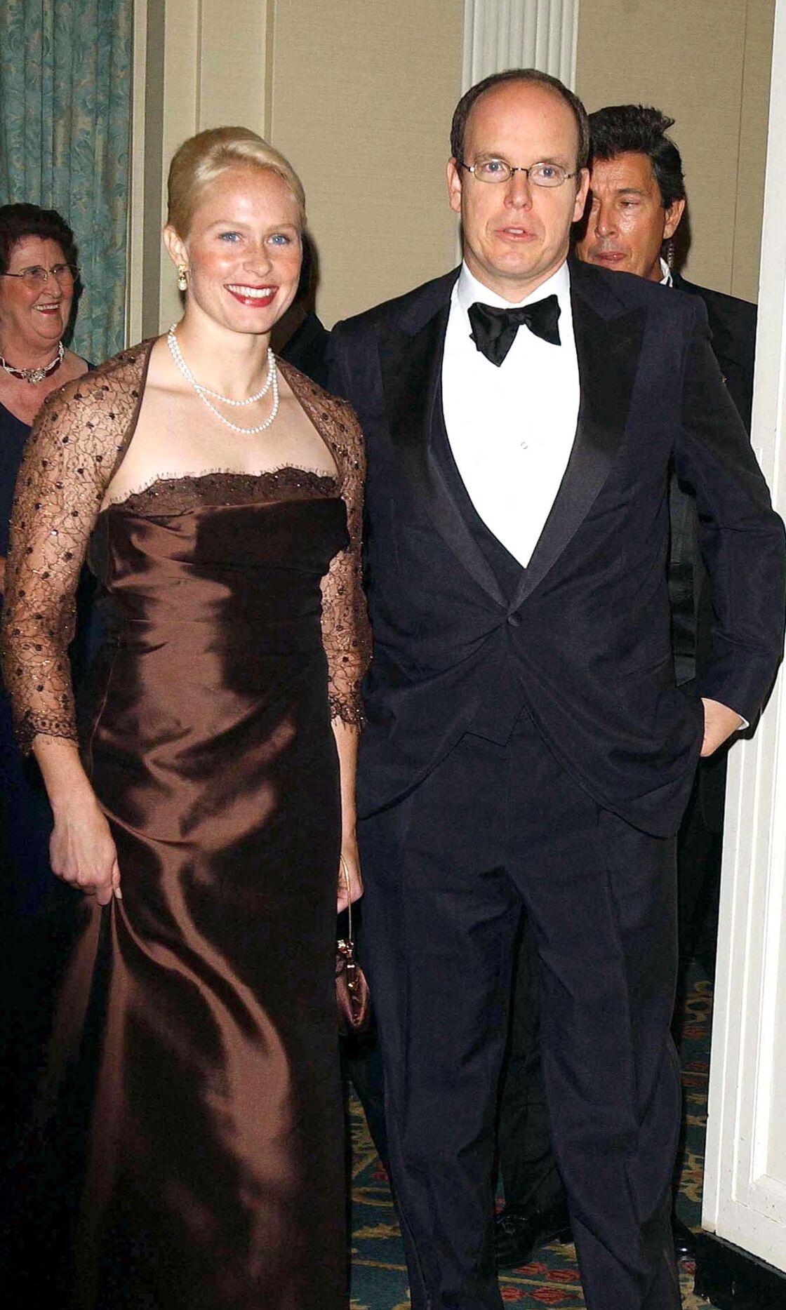 Le prince Albert et Alicia Warlick lors du gala de la Fondation Princesse-Grace-de-Monaco en 2000.