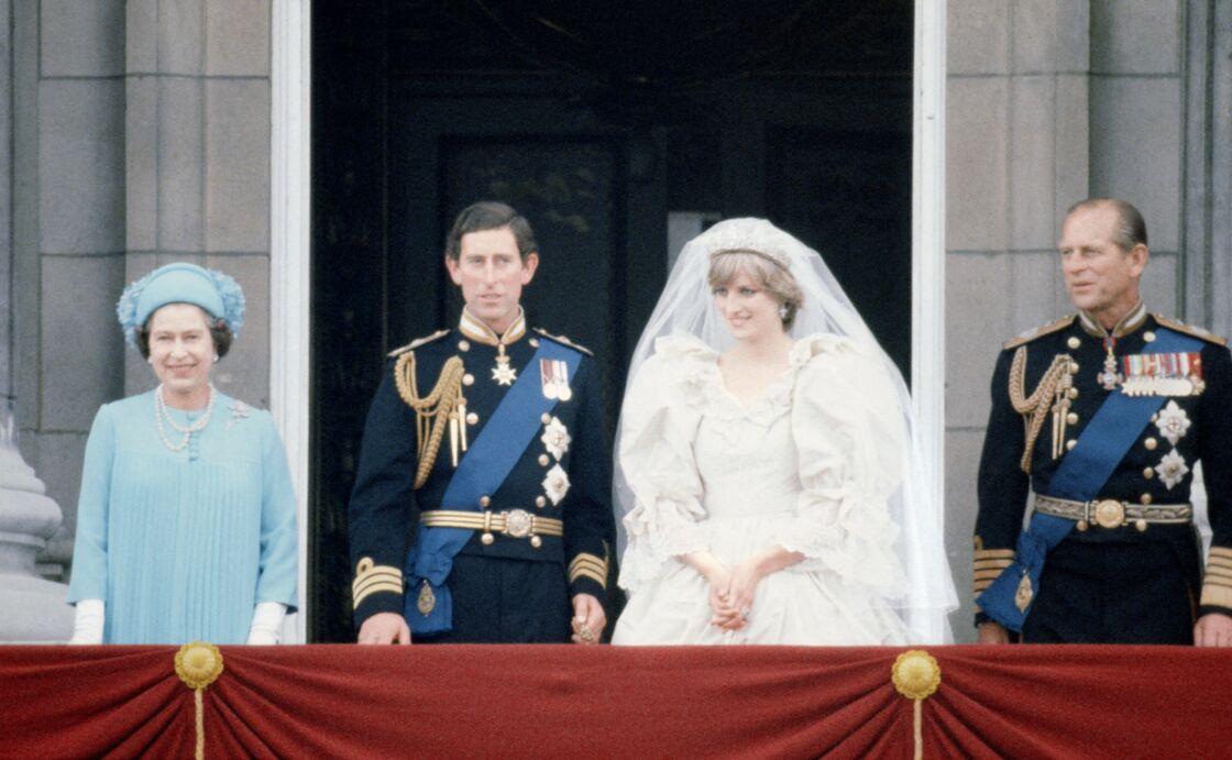 Diana et Charles se sont mariés le 29 juillet 1981. Ils officialisent leur séparation le 9 décembre 1992 et leur divorce est prononcé le 28 août 1996.