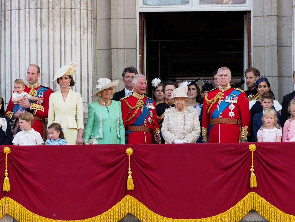 La famille royale britannique au complet sur le balcon du palais de Buckingham lors de la parade Trooping the Colours, à Londres, le 8 juin 2019.