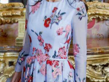 PHOTOS - Les plus belles robes à fleurs des reines du gotha