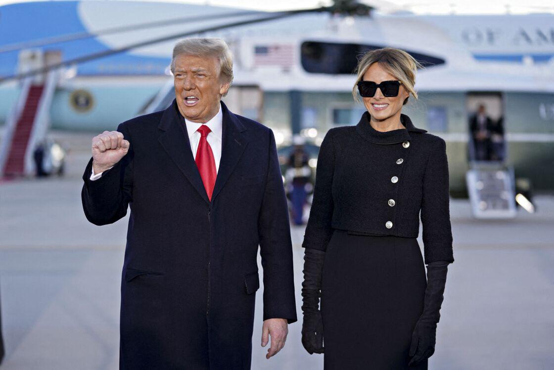 Donald Trump et Melania Trump quittant officiellement la Maison Blanche, le 20 janvier 2021.