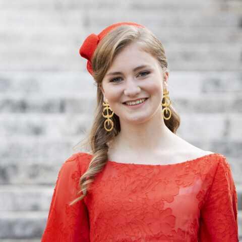PHOTOS – La princesse Elisabeth de Belgique fait tourner les têtes au défilé de la fête nationale