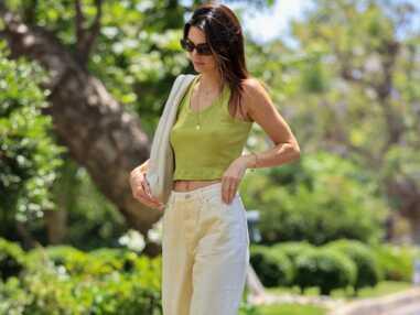 PHOTOS - Kendall Jenner, branchée et vintage en crop top et boots de cowboy