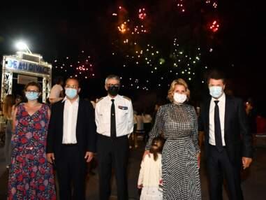 Laura Tenoudji et Christian Estrosi ont assisté à un feu d'artifice en famille