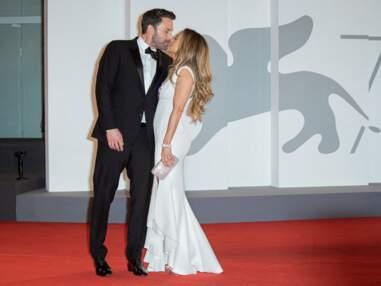 PHOTOS - Jennifer Lopez et Ben Affleck très amoureux à la Mostra de Venise