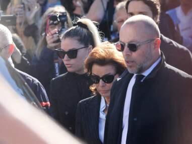PHOTOS - Obsèques de Bernard Tapie : sa veuve et ses enfants réunis pour un dernier adieu