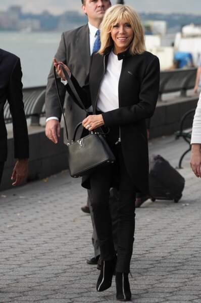 Pour sa tenue, Brigitte Macron a joué la carte de la sobriété à New York