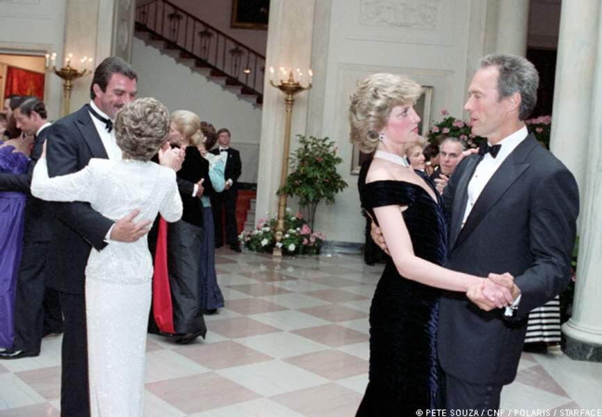 Lady Diana très impressionnée par un Clint Eastwood peu avenant