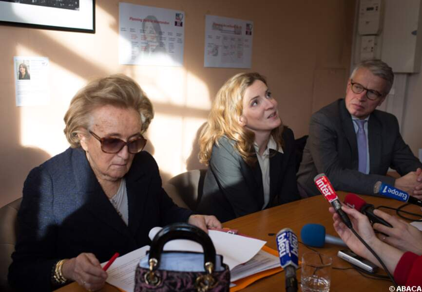Bernadette Chirac répond aux journalistes devant NKM
