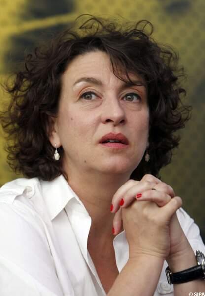 Noémie Lvovski pour Camille redouble