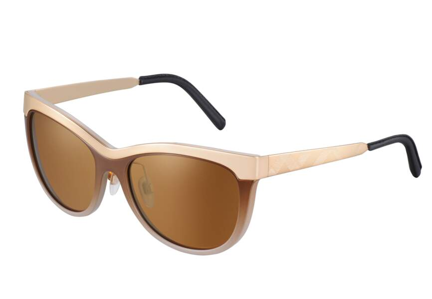 Burberry, lunettes de soleil œil-de-chat de la collection Trench, 190€