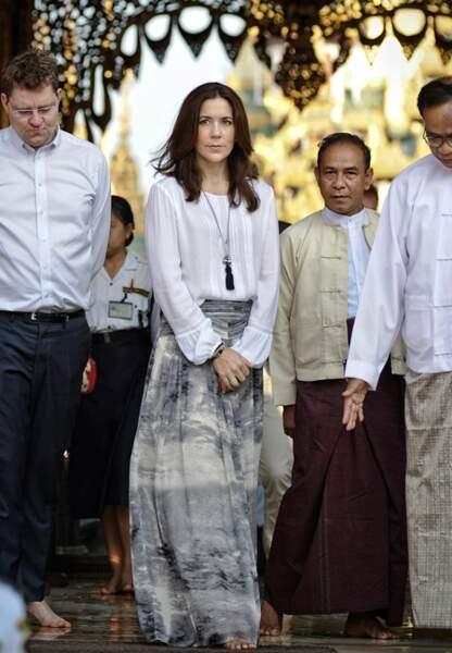 Mary en voyage officiel en Birmanie (janvier 2014)