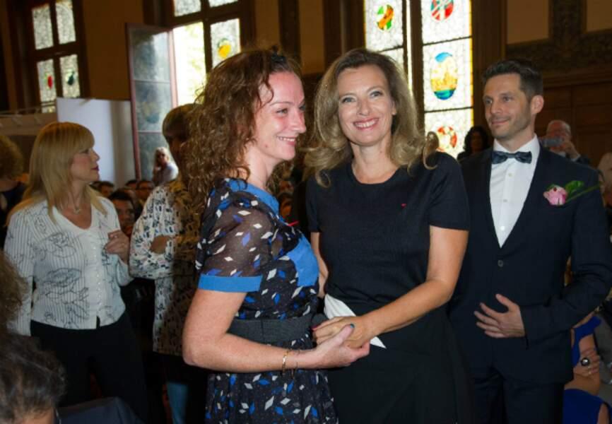 Valérie Trierweiler retrouve Florence Cassez dans la salle des mariages