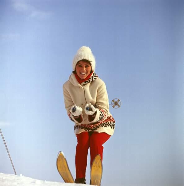SHEILA AUX SPORTS D'HIVER EN 1964