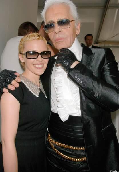 Cheveux courts au défilé Chanel automne-hiver 2006-2007 avec Karl Lagereld