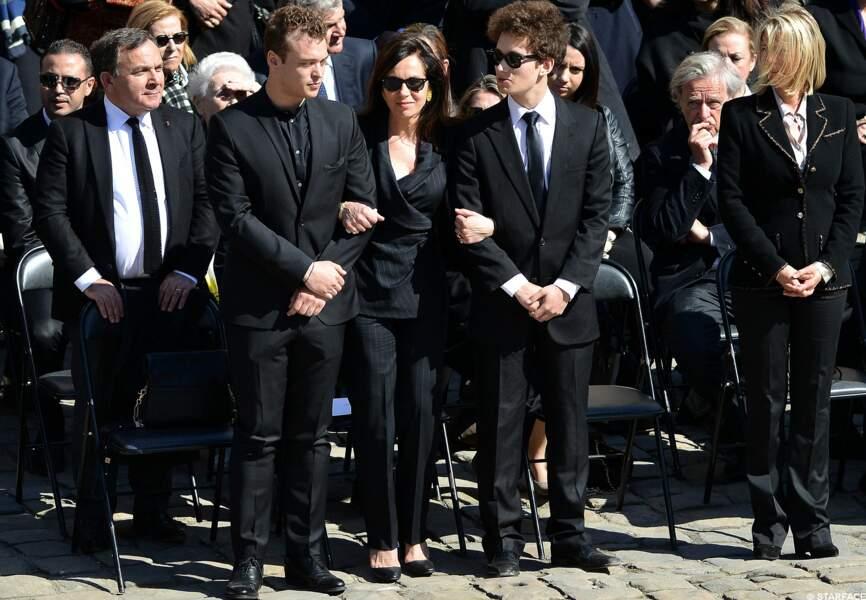La veuve de Dominique Baudis et ses deux fils