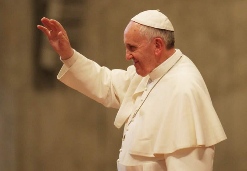 """Le pape François, nouveau souverain pontife et """"ascète des pauvres"""""""