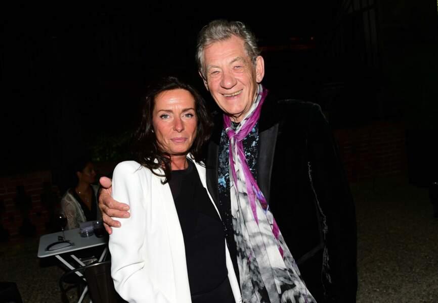 L'acteur Ian McKellen et Nathalie Debras (Directrice de la Communication L'Oréal Luxe France)