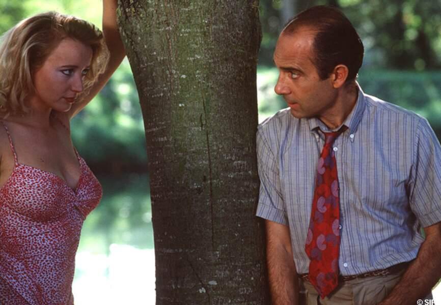 Pauline Lafont et Guy Marchand dans L'été en pente douce
