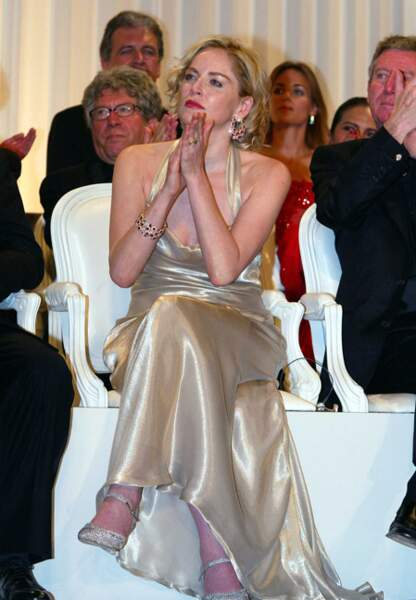 Sharon Stone, membre du jury, lors du palmarès en 2002